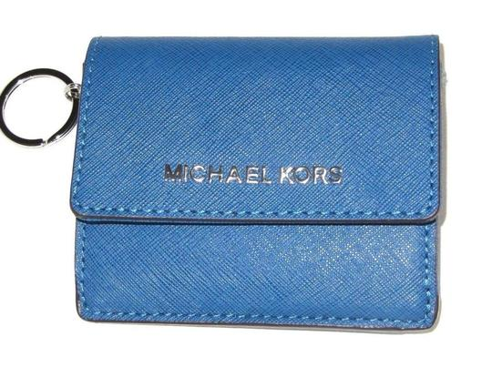 Preload https://img-static.tradesy.com/item/24624320/michael-kors-jet-set-travel-id-card-case-key-holder-steel-blue-leather-wristlet-0-0-540-540.jpg