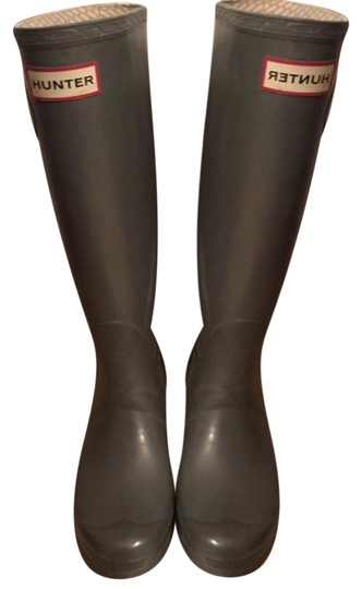 Preload https://img-static.tradesy.com/item/24624410/hunter-gray-tall-rain-bootsbooties-size-us-7-regular-m-b-0-2-540-540.jpg