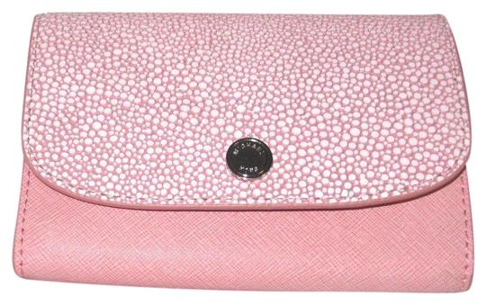Preload https://img-static.tradesy.com/item/24624442/michael-kors-flap-juliana-piece-wallet-pale-pink-leather-wristlet-0-1-540-540.jpg