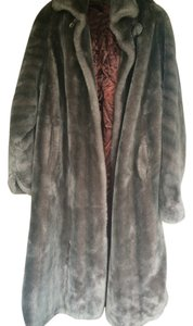 Penlura Faux Fur Fur Coat