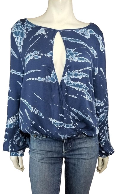 Preload https://img-static.tradesy.com/item/24625041/young-fabulous-and-broke-blue-tie-dye-keyhole-crossover-draped-boho-festival-blouse-size-8-m-0-2-650-650.jpg