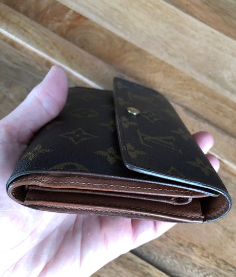 Louis Vuitton Louis Vuttion wallet and card holder Image 8
