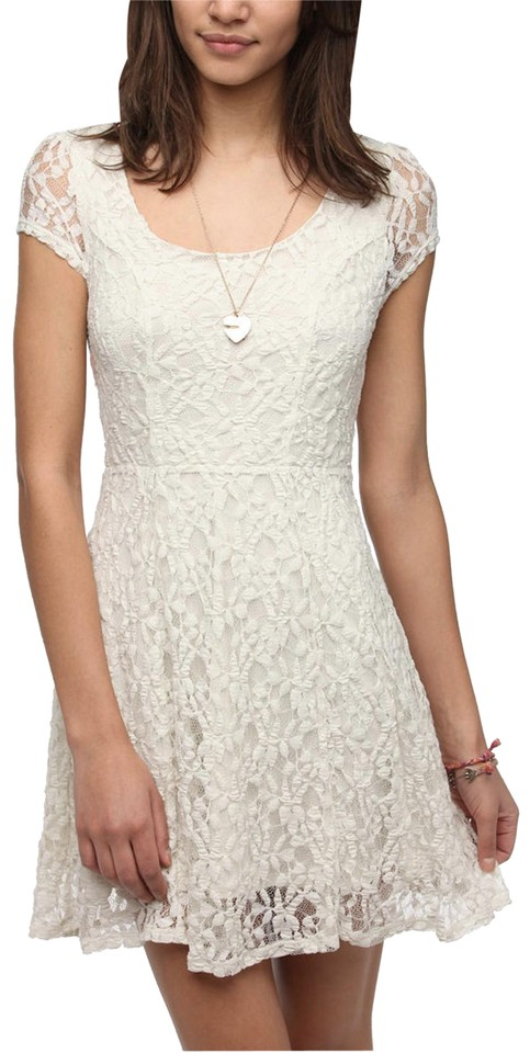 bef5c8c5a70d Urban Outfitters Cream Kimchi Blue Lace Sheerback Short Casual Dress ...