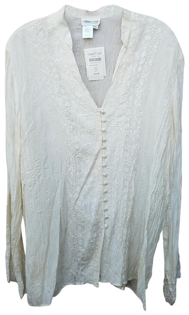 Preload https://img-static.tradesy.com/item/24625732/coldwater-creek-ivory-crinkle-shirt-button-down-top-size-16-xl-plus-0x-0-1-650-650.jpg