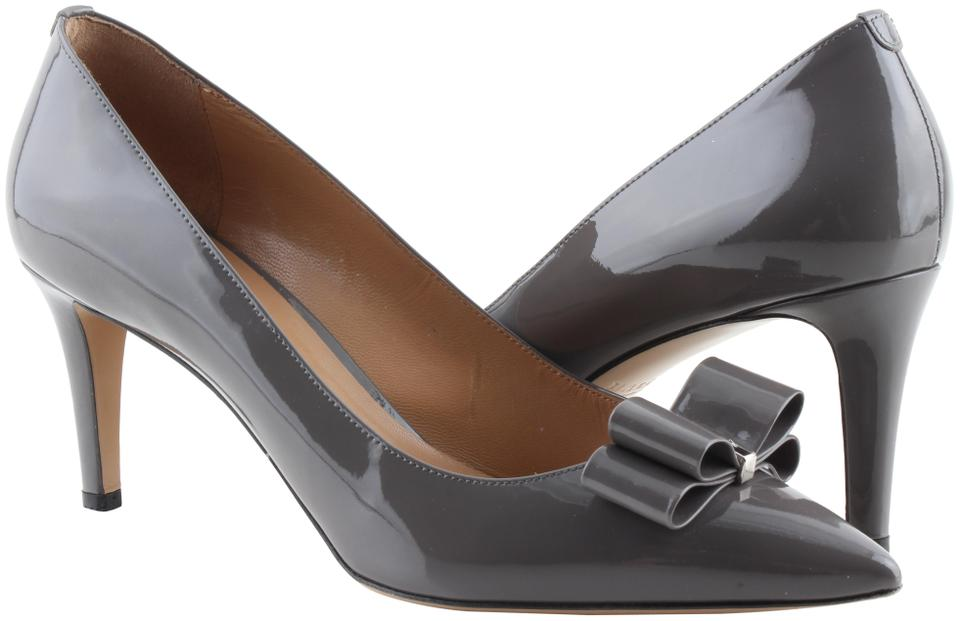 e2417a478b5b Bally Grey Bow Accented Patent Pumps Size US 9.5 Regular (M