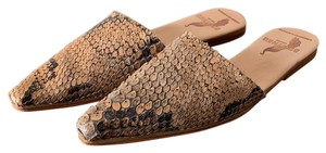 Brother Vellies natural / python Mules