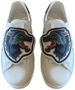 Gucci White with blue and red stripe Athletic