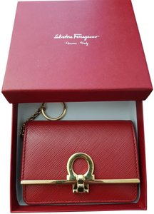 4751ace029 Salvatore Ferragamo Rosso Red Gancini Clip Key Card Case Wallet