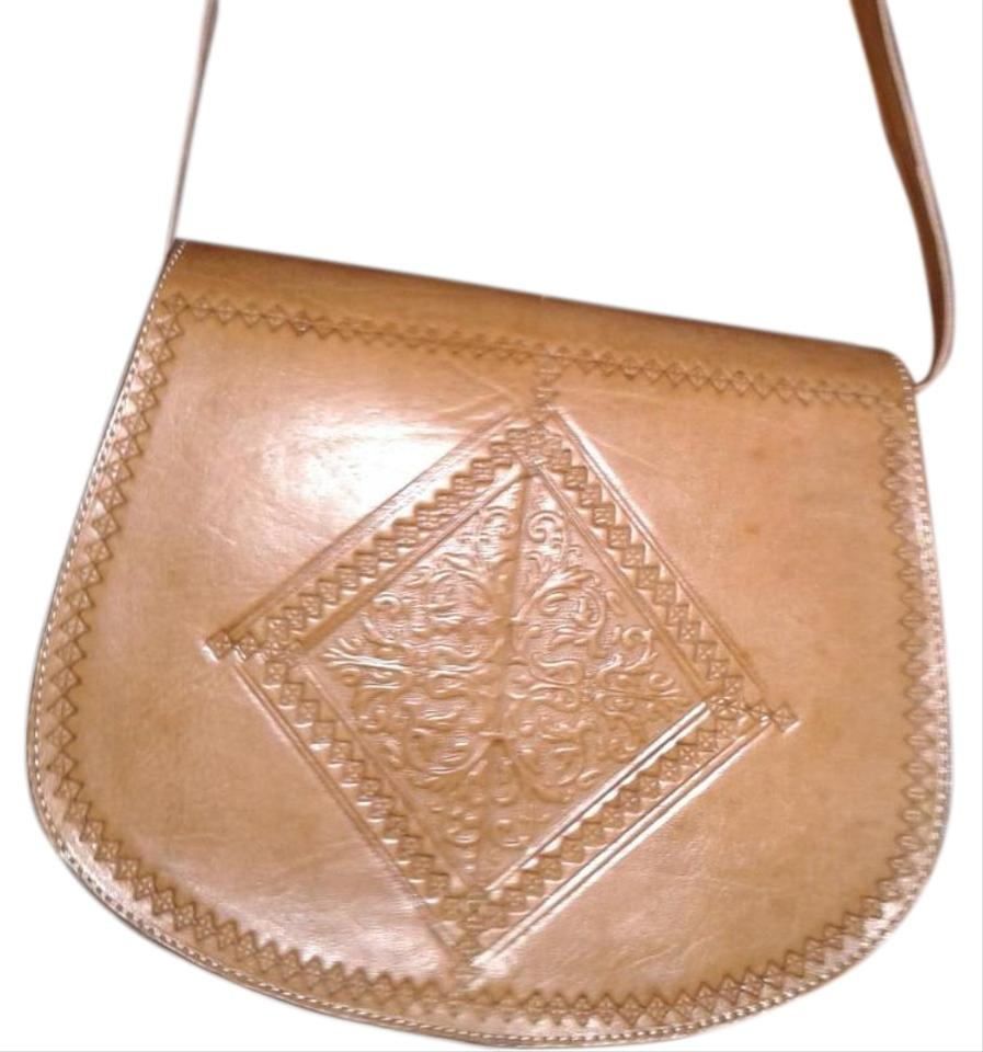 2198664ce18a Stylish Shoulder New Tan Leather Hobo Bag - Tradesy