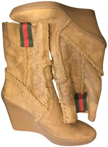Gucci Wedge Snow Camel Boots