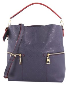 Louis Vuitton Leather Tote in navy
