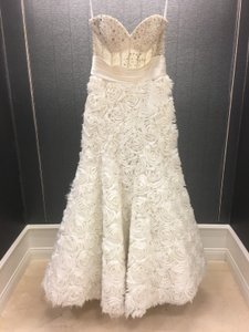 Ivory Satin Unique 3d Floral Strapless Corset Illusion Beaded Gown Modern Wedding Dress Size 8 (M)