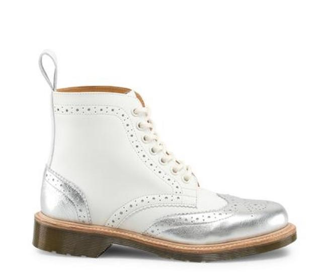 Item - White & Silver Dorsey Limited Edition Mie Brogue Boots/Booties Size US 8 Regular (M, B)