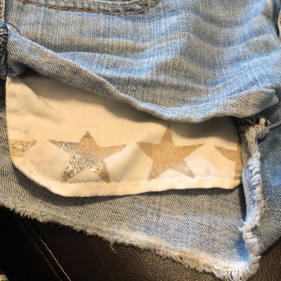 a48757f4e3a American Eagle Outfitters Distressed Cut Off Star Pocket Denim ...