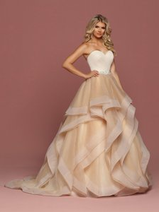 DaVinci Bridal Nude Tulle Strapless Layered Ball Gown Style 50489 Modern Wedding Dress Size 10 (M)