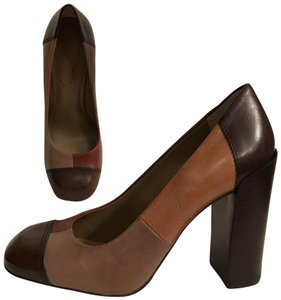 Tory Burch Leather Patchwork Round Toe Cap Toe Color-blocking Brown Tan taupe Multi Pumps