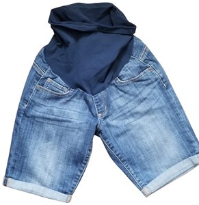 A Pea In The Pod LED Luxe essential denim shorts
