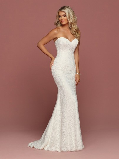Davinci Bridal Ivory Lace Strapless Fitted Fit N Flare