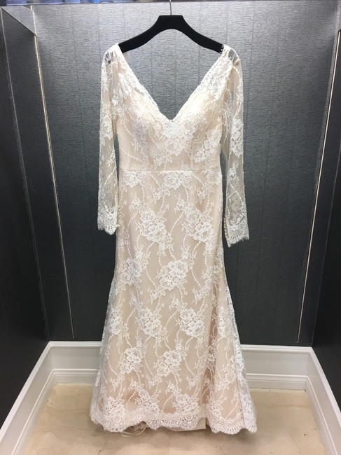 Item - Ivory/Gold Lace & Long Sleeved Mermaid Traditional Wedding Dress Size 12 (L)