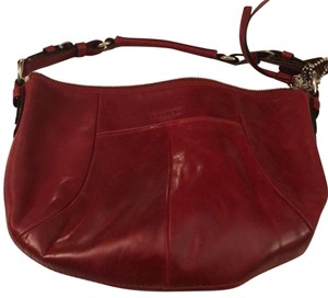 Red Coach Hobo Bags - Up to 90% off at Tradesy 976a5bfb5ef33