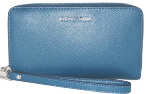 0a2792541fd9 Michael Kors Leather Wallet 192317884500 Wristlet in Luxe Teal