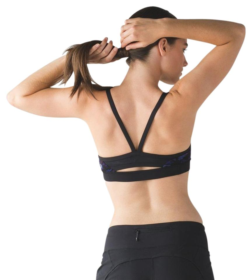 7cc539425de Lululemon Black Rise and Run - Activewear Sports Bra Size 4 (S
