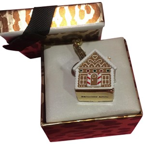 Juicy Couture NWT JUICY COUTURE RARE LIMITED EDITION 2013 PAVÈ STONE GINGERBREAD HOUSE CHARM!!