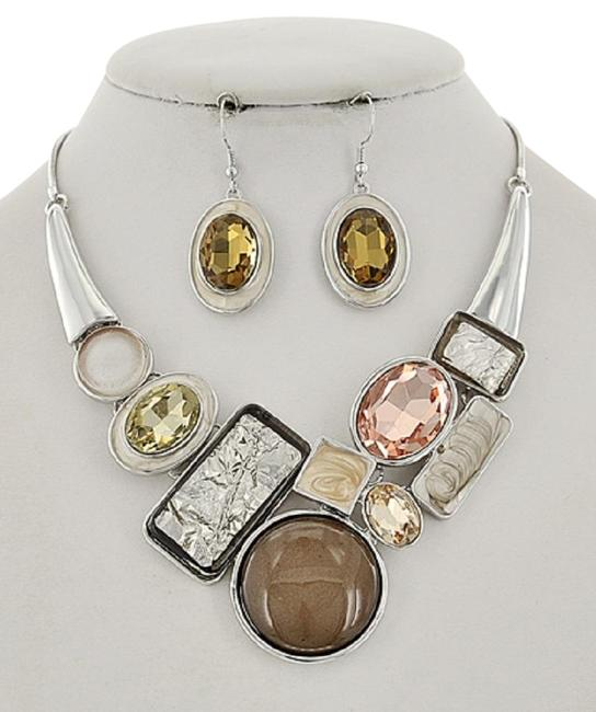 Unbranded Silver/Lt Brown Tone Glass & Acrylic Earring Set Necklace Unbranded Silver/Lt Brown Tone Glass & Acrylic Earring Set Necklace Image 1
