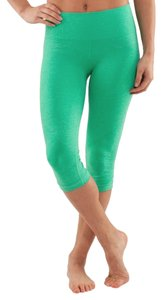 a40cced1855d9b Lululemon High waisted in the flow seamless crop leggings