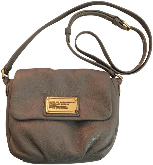 Marc by Marc Jacobs Classic Q Isabelle Gray Leather Cross Body Bag Marc by Marc Jacobs Classic Q Isabelle Gray Leather Cross Body Bag Image 1