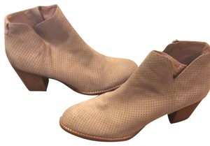 Dolce Vita nude Boots