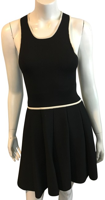 Parker Black W 8918 A Line W/ White Trim Short Formal Dress Size 4 (S) Parker Black W 8918 A Line W/ White Trim Short Formal Dress Size 4 (S) Image 1