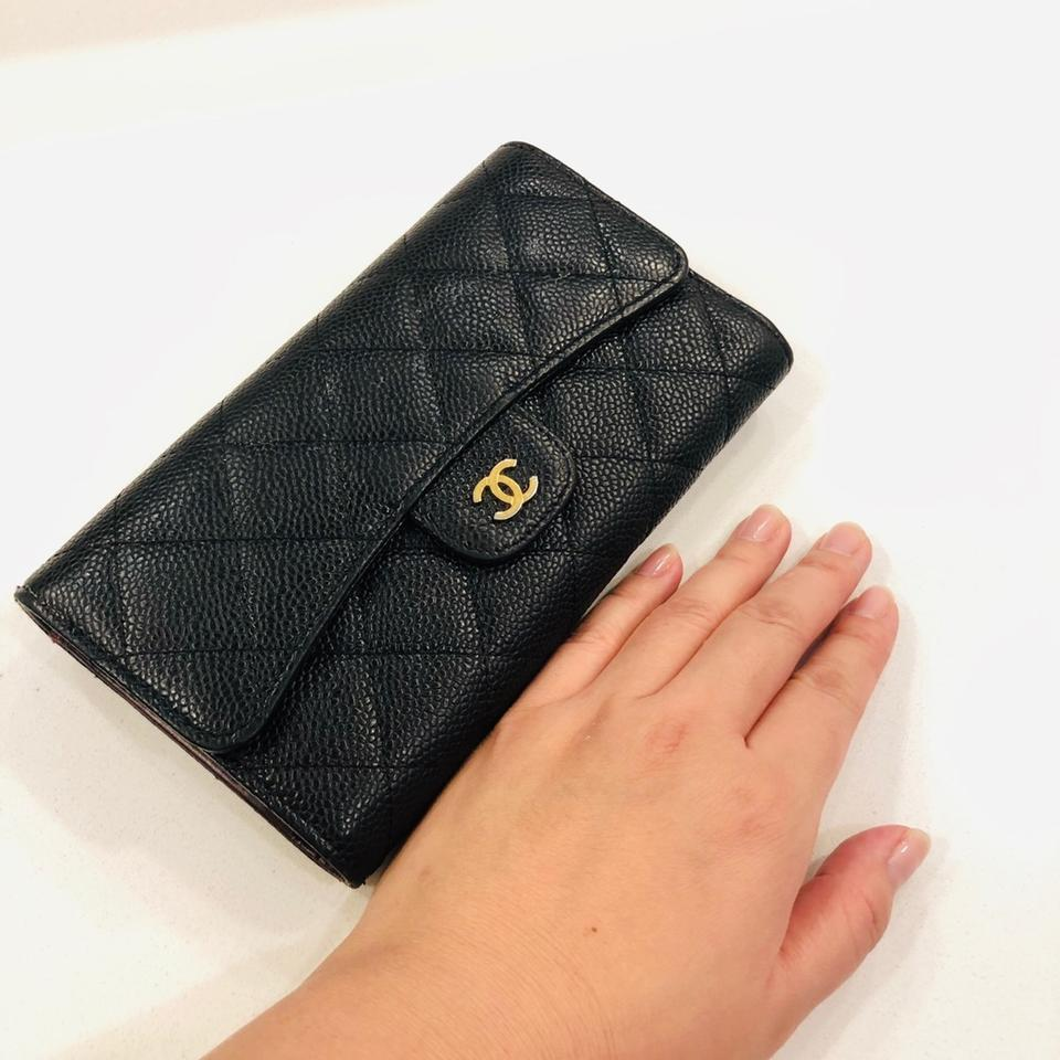 8d8a1cad2242 Chanel Classic Flap Wallet, Grained Calfskin & Gold-Tone Image 11.  123456789101112