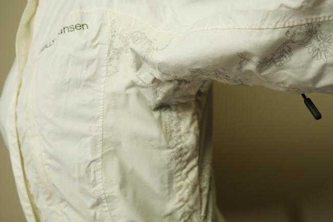 Helly Hansen Packable Nylon Water-repellant Windproof White Jacket Image 8