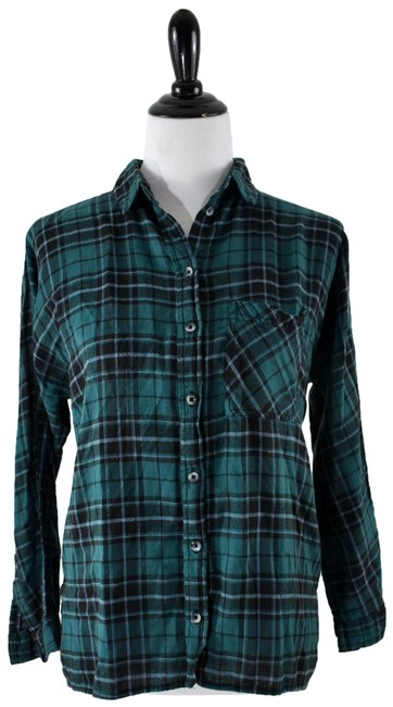 Preload https://img-static.tradesy.com/item/24633303/urban-outfitters-green-black-bdg-plaid-lace-shirt-small-button-down-top-size-6-s-0-1-650-650.jpg