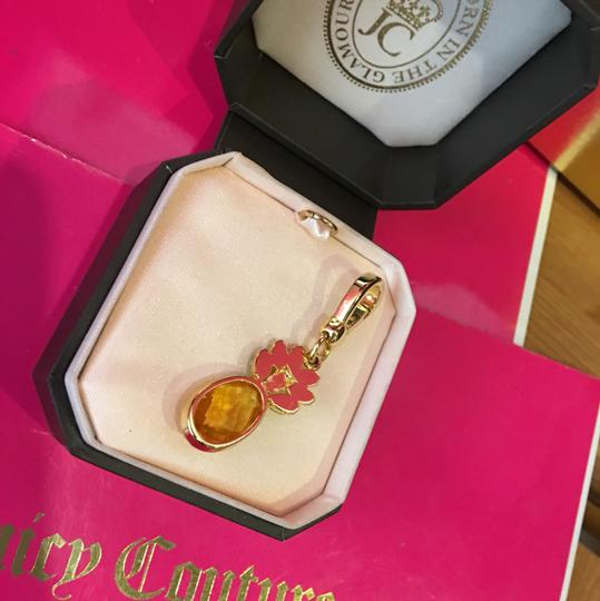 Juicy Couture NEW! JUICY COUTURE SUPER RARE GREEN AND YELLOW STONE PINEAPPLE STONE DROP NECKLACE OR BRACELET CHARM!! Image 2