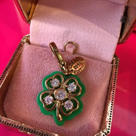Juicy Couture NWT JUICY COUTURE 2010 LIMITED EDITION PAV STONE 4-LEAF CLOVER NECKLACE OR BRACELET CHARM!! Image 1
