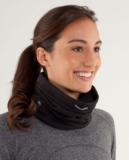 Lululemon Lululemon Brisk Run Neck Warmer Image 1