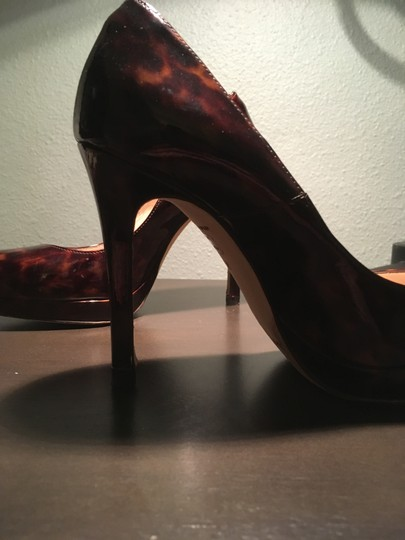 L.K. Bennett Chic Patent Leather Classic tortoise shell Pumps Image 7