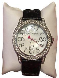 Betsey Johnson BETSEY JOHNSON BLACK & SILVER WATCH with a GORGEOUS MOTHER OF PEARL CRYSTAL STONE FACE & BRAND!!
