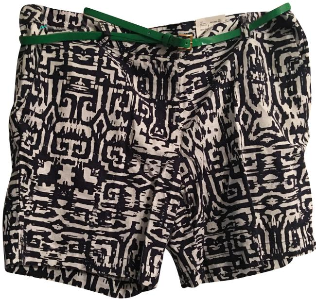 Preload https://img-static.tradesy.com/item/24633974/liz-claiborne-navy-pearl-multi-paradise-cove-shorts-size-16-xl-plus-0x-0-1-650-650.jpg