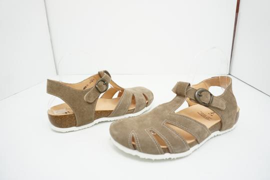 Think Flats Size 9 Brown Sandals Image 1