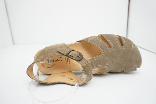 Think Flats Size 9 Brown Sandals Image 6