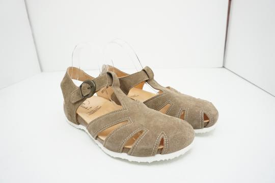 Think Flats Size 9 Brown Sandals Image 9