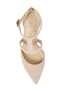 Sole Society blush Pumps