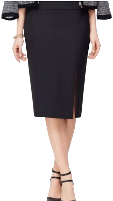 Preload https://img-static.tradesy.com/item/24634220/ann-taylor-black-split-pencil-skirt-size-2-xs-26-0-1-650-650.jpg