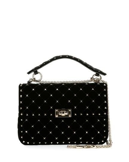 Preload https://img-static.tradesy.com/item/24634312/valentino-rockstud-black-velvet-shoulder-bag-0-0-540-540.jpg