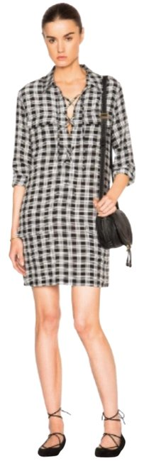 Preload https://img-static.tradesy.com/item/24634313/black-and-white-new-without-tags-short-casual-dress-size-2-xs-0-1-650-650.jpg