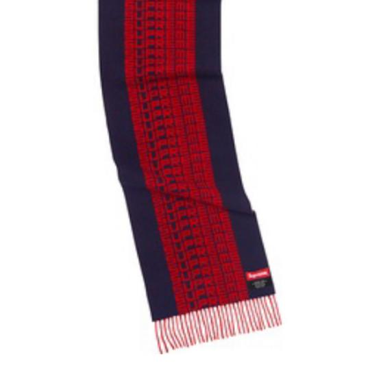 Supreme supreme wool blend scarf with jacquard logo pattern Image 1