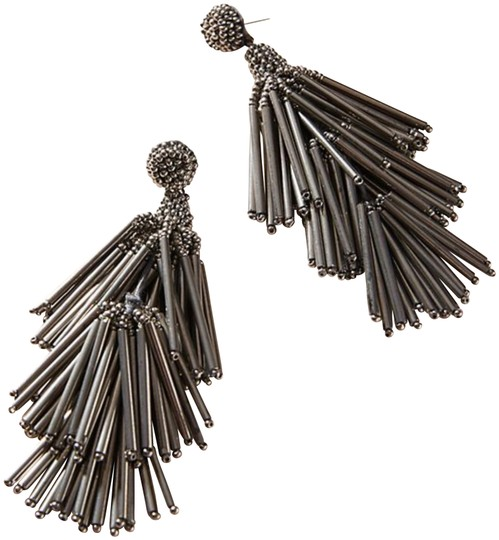 Preload https://img-static.tradesy.com/item/24635026/anthropologie-gray-zelda-drop-earrings-0-1-540-540.jpg